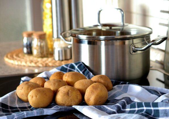 Cuculli di patate, manene,